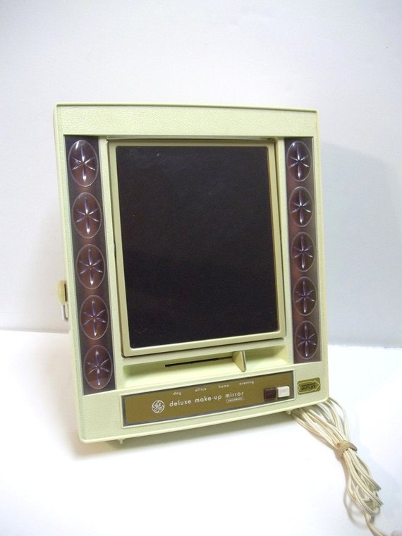 1970s ge lighted make up mirror two sided deluxe universal. Black Bedroom Furniture Sets. Home Design Ideas