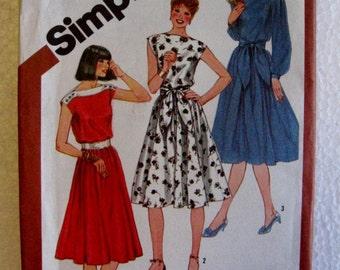 Simplicity Misses Womens Vintage 70s Bateau Boat Neck Dress Sewing Pattern 5325 Size 18 20 Uncut UC FF