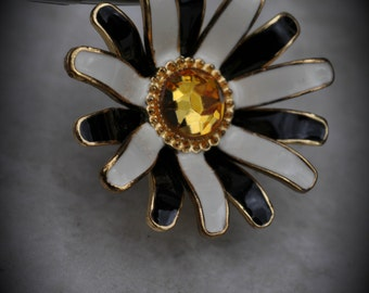 3D Gold Plated Flower Pendant With Crystal And Enamel