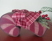 Candy Cane, chunky wood, shelf sitter, Christmas, berries, primitive