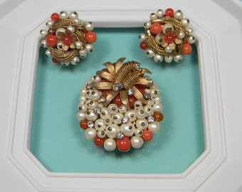Classic Vintage Orange Jewelry Set, Beads, Faux Pearls
