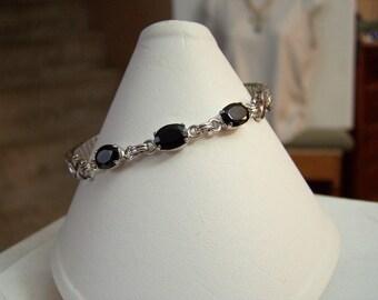 Stretch Band Bracelet NOS Vintage 10K White Gold Filled Black Enamel Detail Sterling & Genuine Black Onyx Gemstone