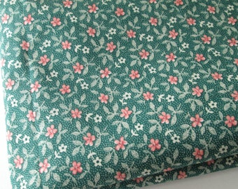 DeStash Green Floral Fabric