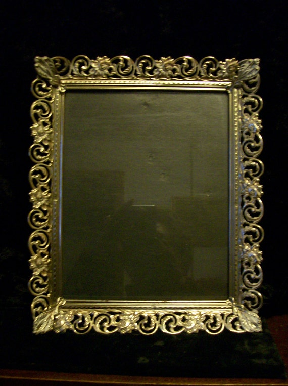 ormolu gold white washed picture frame 8 x 10. Black Bedroom Furniture Sets. Home Design Ideas