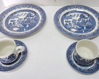 2 Sets English Dinnerware Blue Willow Churchill - 2 Plates, 2 Cups, & 2 Saucers In Boxes
