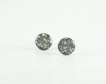 GRAY GLITTER Stud Earrings  - Silver Glitter Grey Earrings - Sparkle Earrings - Glitter Earrings - Grey Glitter Ear Studs - 4mm / 6mm / 8mm