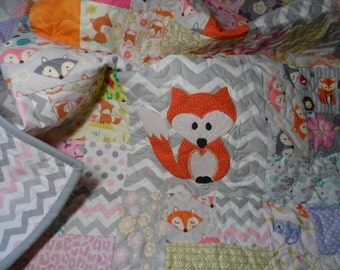 Handmade baby quilt with fox in pink and grey for baby girl nursery