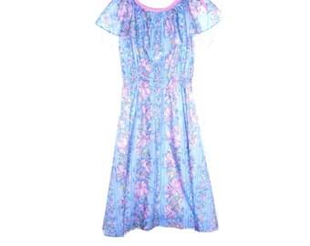 Vintage 1970s Girls Handmade Prairie Farmhouse Dress Periwinkle Blue Pink Iris Floral Cotton Sundress Cotton Summer Dress / Garden Party