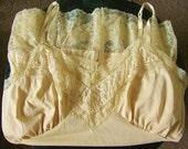 Vintage 1950's Van Raalte Nude Lace Full Slip, Size 40