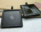 10PCS black 25x25mm pendant trays square filigree frame cabochon mountings- XC7801