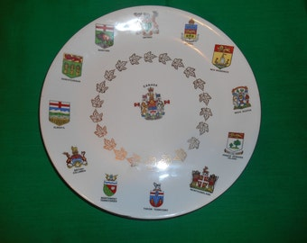 "One (1), 10"" Canadian Territories, Souvenir Plate, by Alfred Meakin, Circa 1960."