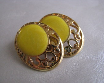 Oval Yellow and Gold Plated Vintage Stud Earrings - Vintage Post Earrings