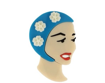 Bathing Beauty brooch // Swimmers pin // Lido brooch
