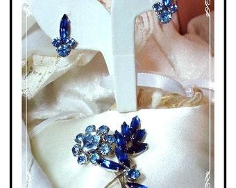 Vintage Juliana Set  - Delicate D&E Blues Floral Spray  Demi-033a-011007038