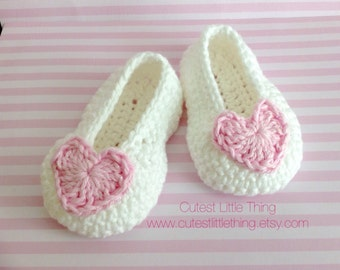 White Crochet Baby Booties,  Pink Heart Crochet Booties, Baby Girl Booties, Valentines
