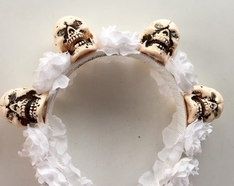 Skull and Flower Headband- white Flower skull headpiece-rose and skull -Flower Headband- HeaddressNY-Diner en Blanc NYC-Dia de los Muertos