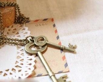 Vintage Look Key Pendant