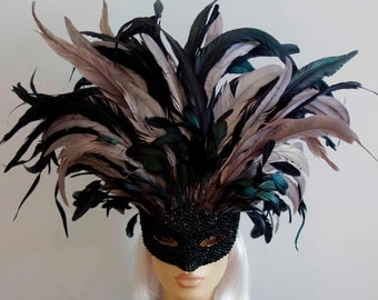 Seductive Silver Noir: Black and Silver Rooster Feather Masquerade Mask