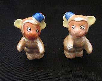 c1930s monkey salt and pepper shakers luster painted collectible vintage figurines