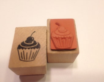small cupcake stamp, 20 mm (SB3)