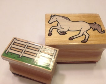 2 piece horse and fence stamp set, 25-40 mm (SB1)