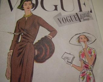 Vintage 1950's Vogue 4831 Special Design Dress Sewing Pattern, Size 16, Bust 36