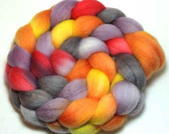 Hand Painted Roving - Shaded Sunset - Falkland wool, 4 Ounces