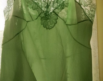 Sears Non-Cling  Pale Green Full Slip,  Size M 34