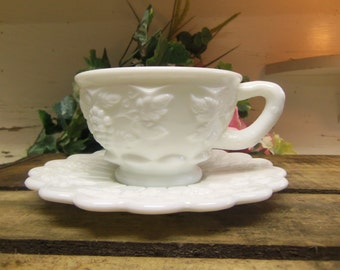 1 Vintage Westmoreland Paneled Grape Cup and Saucer Set 2 Pieces Milk Glass B930