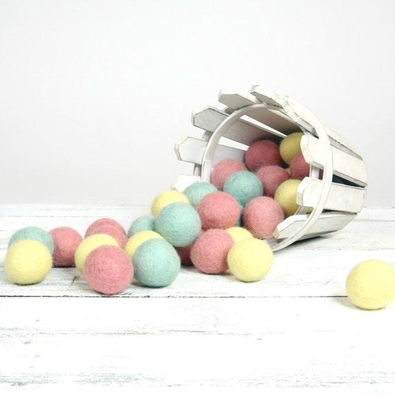 ORG-SP Felt Balls -  2.5 cm - 30 count -  Sweet Pastels