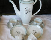 Noritake Demitasse Cups Coffee Pot with 4 sets  demitasse teacups saucers Only Rare 1950s Very good rare
