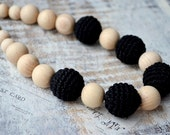 Black Teething necklace,Black Nursing necklace,For new mommy,Crochet bead,Eco Safe Jewelry,Earth earthy,Babywearing necklace,Gift for mom