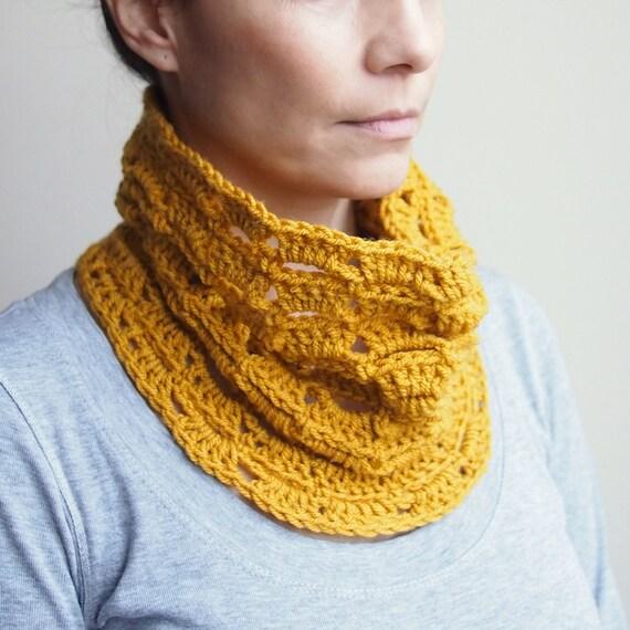 Crochet pattern lace loop scarf  infinity woman  circle  scarf women neckwarmer ,  DIY photo  tutorial  Instant Download