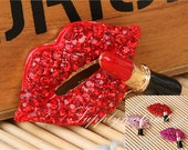 1PCS Bling Crystal Rhinestone Lips Lipstick flatback Alloy jewelry For Phone case deco