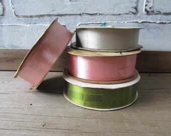 Ribbon Vintage Pink and Green Magic Bow Gift Wrapping Ribbon Set of 4