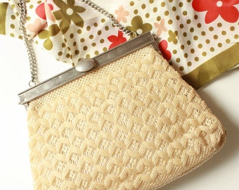 Vintage Plastic Weave Bag in Ivory