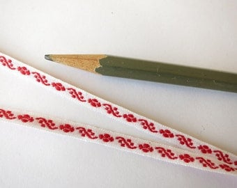 3 yards red jacquard embroidered trim 3/16 inch