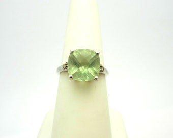 10k White Gold 2.75 Carat Solitaire  GREEN BERYL Ring Size 7 Signed EMA 2.8g