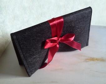 SALE Felt bag, clutch handbag, black bag, uncommon bag,handmade bag, little black bag, woman cluth bag, women trends, style Inspiration