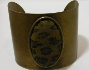 Vintage Brass Tone Animal Print Cuff