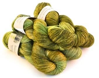 Lea - Superwash Merino/Cashmere/Nylon Sock 378 yards/ 115 g