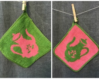 Mid Century Coffee Pot Pot Holder // Looped Cotton Pink and Green