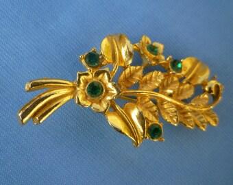 Green Diamante // Rhinestone FLORAL Branch BROOCH.So Pretty Vintage