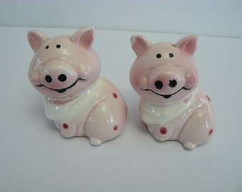 Vintage Pig Salt and Pepper Shakers, Collectible Salt and Pepper