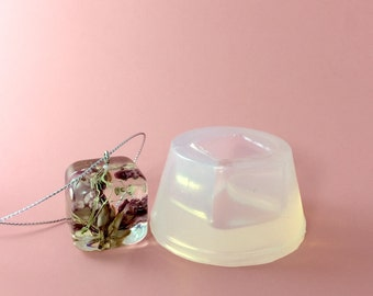 Cube Pendant Clear Silicone Mold, Create Your Resin Jewelry, Mould Supply (MP018)