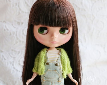 Knit cardigan for Blythe - green