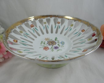 Hand Painted Artist Signed Leart Brazil Centerpiece Fruit or Serving Lace Lattice Bowl