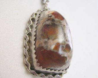 Fiery Mexican Brown Agate Pendant in Silver Mounting