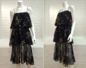 vintage 70s tiered dress // black floral // spaghetti straps // size 4/6