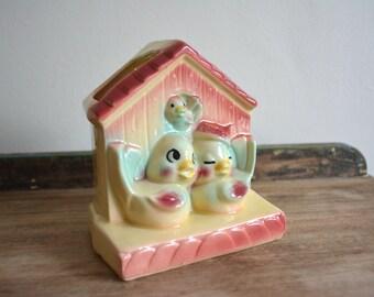 Vintage Shawnee USA 830 Pottery Bird Family House. Wall Cute Ceramic Planter. Retro Kitsch Home Decor